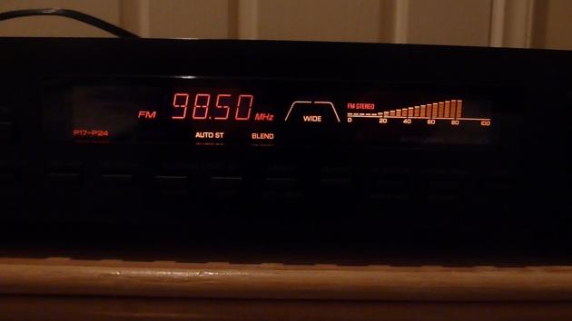 Tuner set to 4ABCFM 98.5 - Noosaville