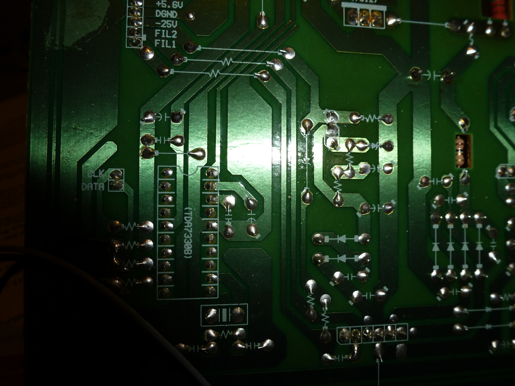 PCB of tuner © fmdxing at wordpress