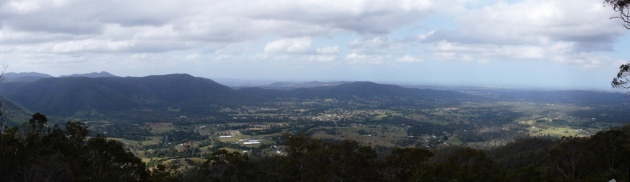 Panorama from Mt Glorious © 2006 Sherwin Huang